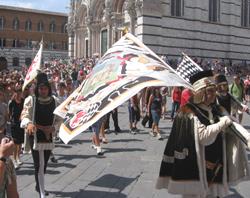 Palio Siena Nannini Tour Fahnen