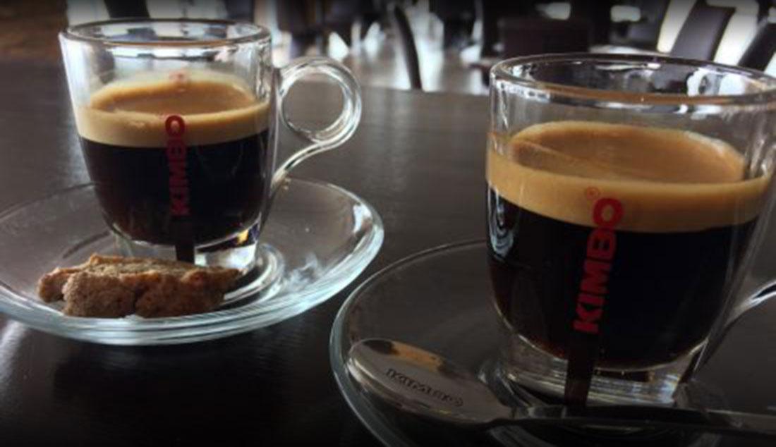 kimbo kaffee mit neuen espresso sorten und neuem packungsdesign espresso kaffee. Black Bedroom Furniture Sets. Home Design Ideas